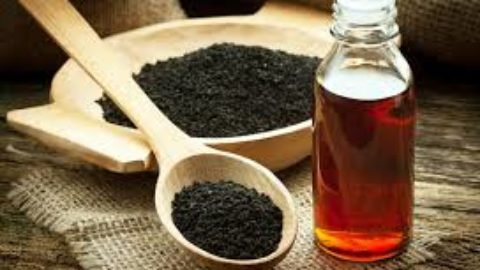 Beauty Tip Tuesdays : Why You Should Include Black Seed Oil to your diet