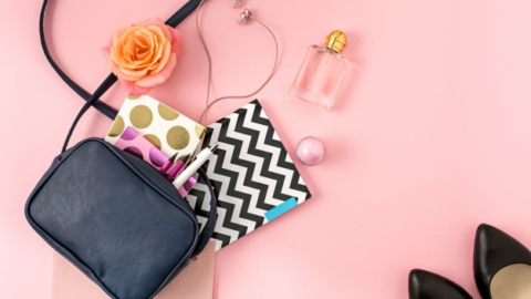 5 Must-have Products to keep in your purse